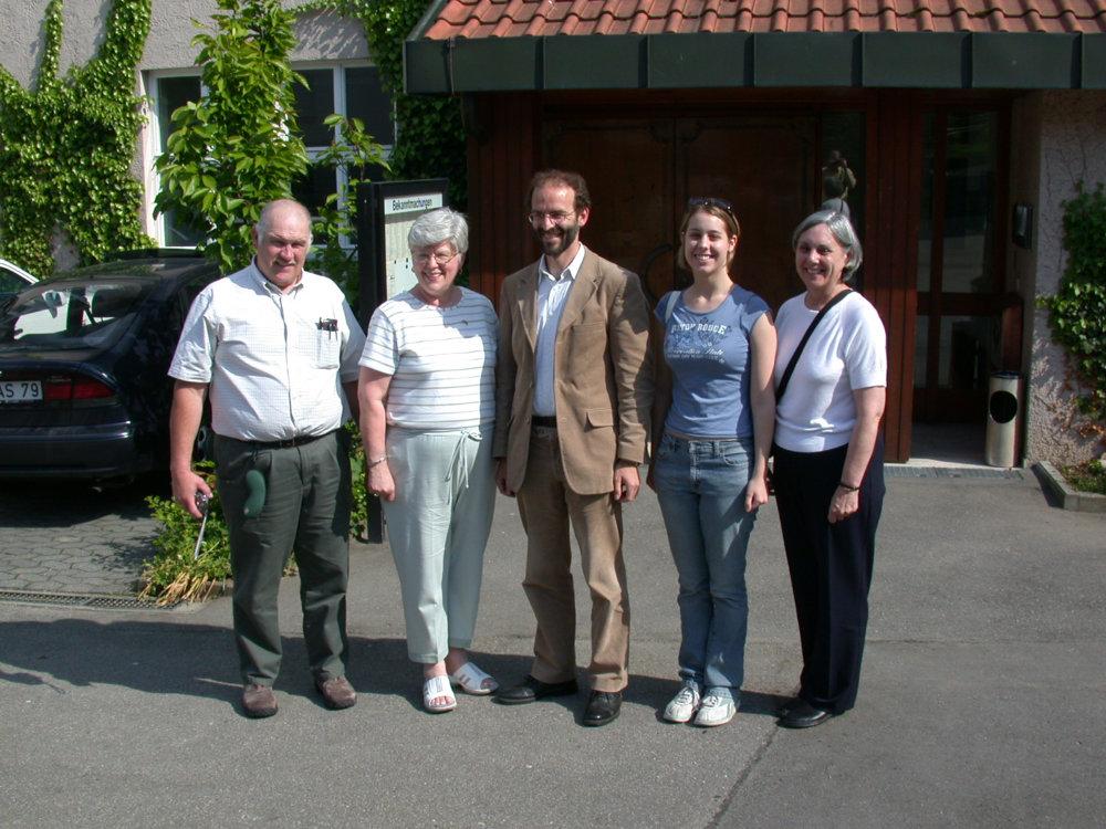 v. l.: John & Brenda Kearns, Dr. Jürgen Soltau, Kerry & Gena Schantz