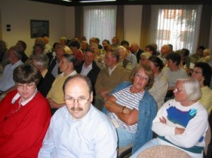 The audience in the meeting room of Immenhausen city hall