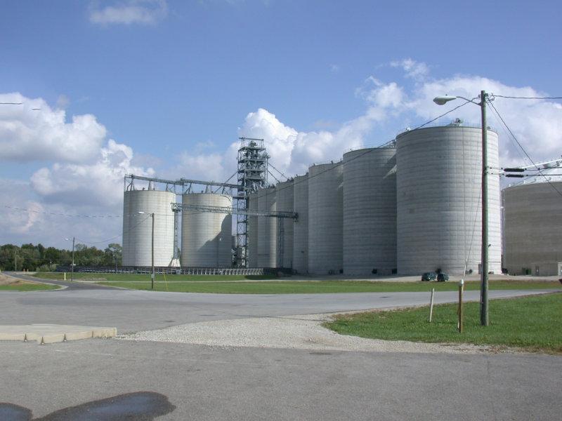 Grain elevator in Montpelier, IN